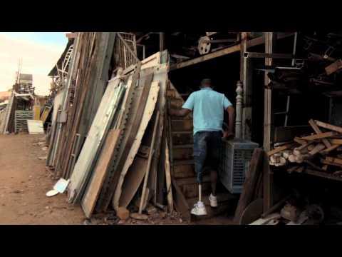 Trailer do filme Branco Sai, Preto Fica