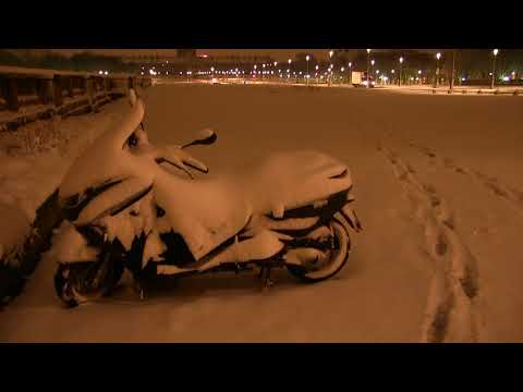 ( 2018/02/06-07 ) Paris et sa banlieue sous la neige 2018 , la nuit et au matin