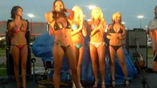 Hooters OKC Swimsuit Fort Thunder 2009 曲山えり 検索動画 24
