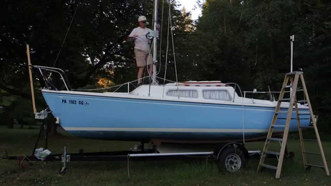 Raising the Catalina 22 Mast - EASY, No Gin Pole Needed!