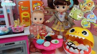 콩순이 요리하기 콩콩이 밥 아기상어 배고파요 장난감 놀…