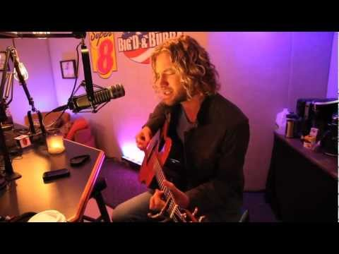 Casey James - Crying on a Suitcase Acoustic