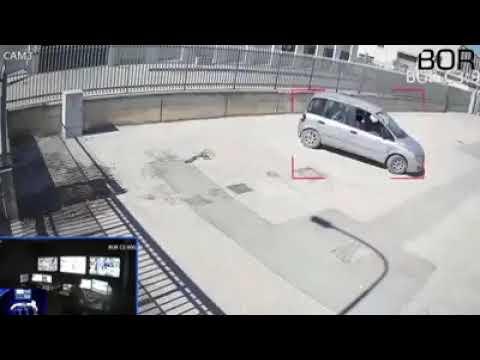 VIDEO MARCIANISE. Ladri mostrano dito medio alle telecamere di vigilanza