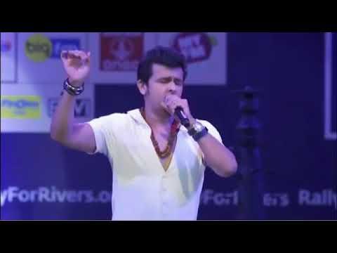 Sonu Nigam live singing Sarfaroshi ki tamnna ab humare dil me hai