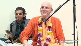 HH Kadamba Kanana Swami Kirtan