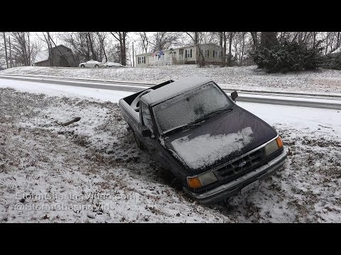Carbondale, IL First Snow & Lots Of Accidents - 1/5/2017