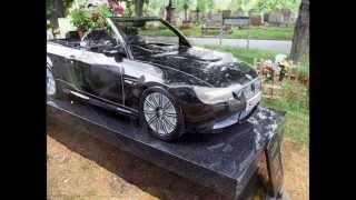 видео Скульптуры на кладбище
