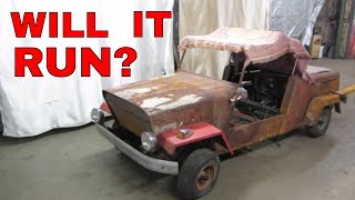 Abandoned 1957 king midget Micro Car. Busted Engine?