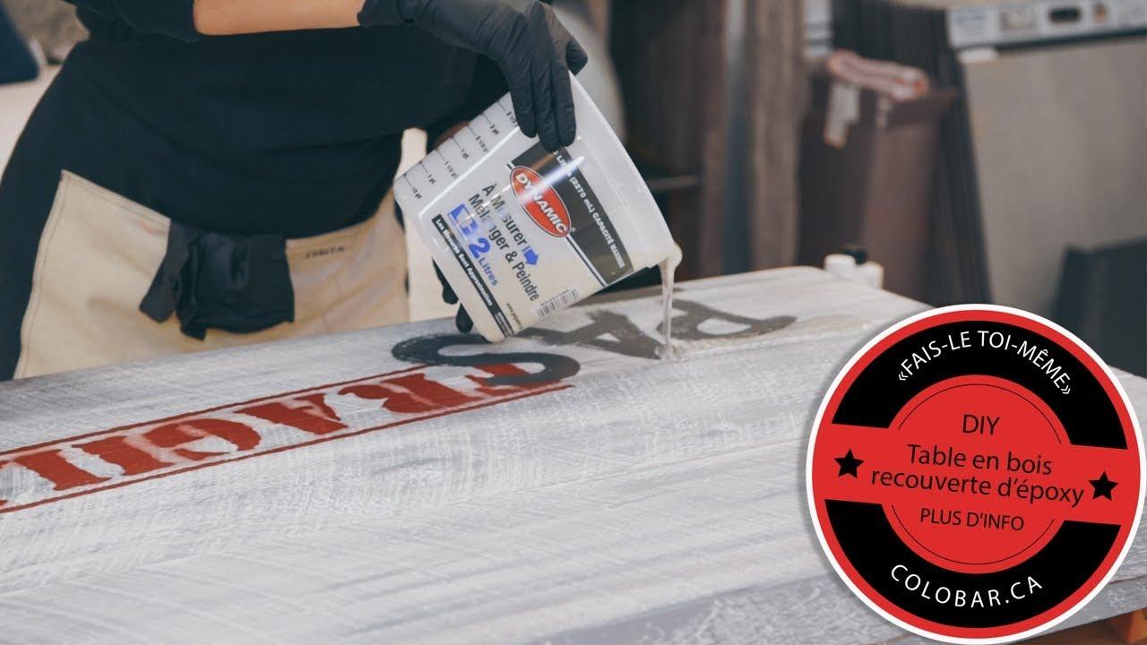Resine Pour Peindre Meuble Bois diy - table en bois recouverte d'époxy