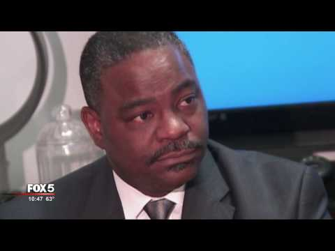 I-Team: Investor in Business Run by Mayor Kasim Reed's Father Won Millions in Airport Contracts