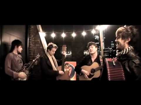 Mumford sons winter winds ray ban balcony sessions for Balcony sessions