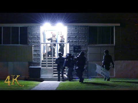 Montreal: Standoff with GTI in Pointe-Claire ends with two arrests 9-22-2017