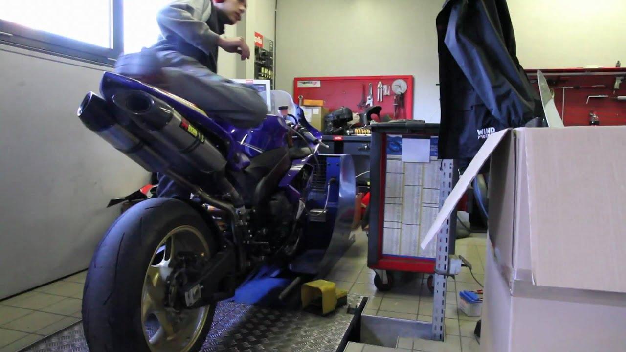 1998 R1 >> Yamaha R1 2008 préparée MG Compétition - YouTube