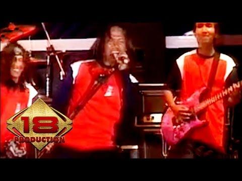 Dangdut - Peterson Anak Rembulan (Live Konser Temanggung 26 Desember 2006)