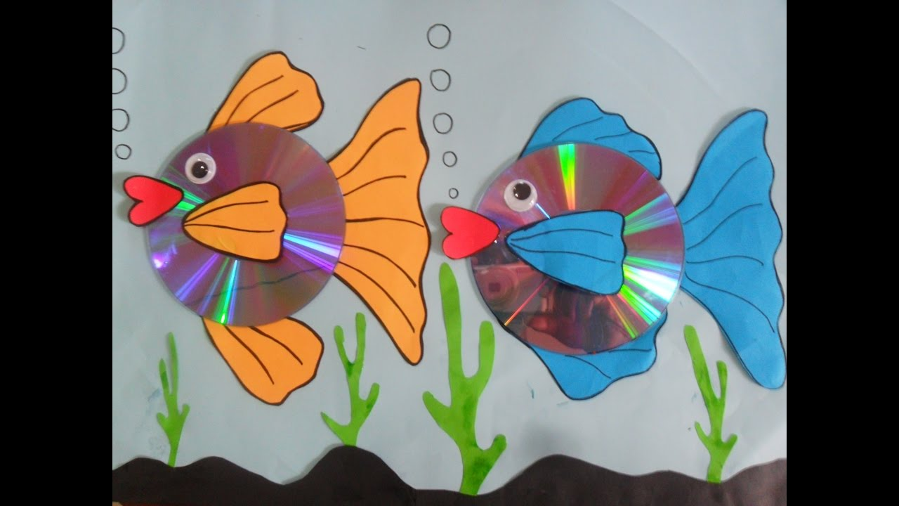 medium resolution of how to make gold fish using paper cd