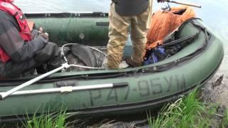 Рыбалка на Камчатке. Соседний экипаж поймал хорошую чавычу. Смотрите видео!(Рыбалка на Камчатке. На нашем уловистом месте на реке Большая появились конкуренты с другой базы. Ребятам..., 2016-02-10T15:56:44.000Z)