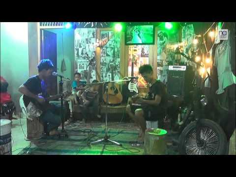 Cover Aku Pas Band Versi Akustik   na videography