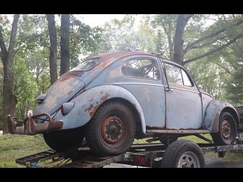 ragtop vw bug  sitting    vintage volkswagen beetle restoration project