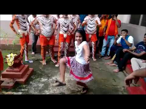Small Girl Performing Amazing Tiger Dance | Pili Vesha | Pili Dance |
