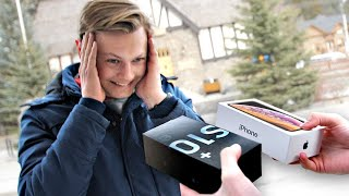 I Gave New Phones to Strangers... But Made Them Choose! – iPhone vs Samsung