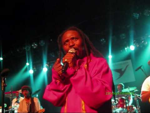 one people band - honor of lucky dube (its not easy)