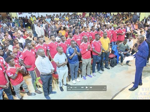 Kakande Ministries boots Express Football club with Shs.10,000,000