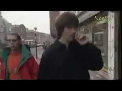 Mani (stone roses) on stealing weed off Oasis