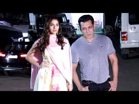 Salman Khan Along With Saiee Manjrekar Snapped For Media During Dabangg 3 Promotion Mp3