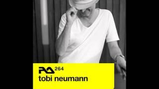 Tobi Neumann - Resident Advisor - RA264
