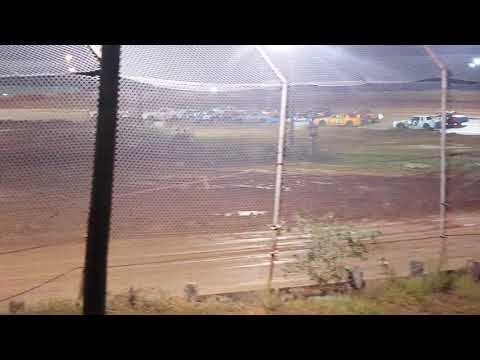 Factory Stock Feature Race @ 105 Speedway. 10/20/18