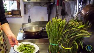 Whether Your Pee Stinks After Eating Asparagus Depends on This