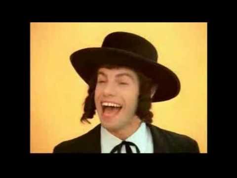 Chava Alberstein & Mike Burstyn - Achtzig Er Un Sibetzig Si (Yiddish Song)