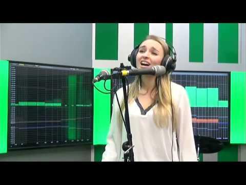 """Aнсамбль эстрадной песни """"РИТМЫ РЕТРО"""" на Радио 2.  Live выступление."""