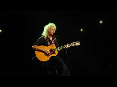 Queen - Tavaszi szél + Love of my life BUDAPEST 2017 LIVE