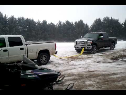chevy duramax pulling a ford powerstroke youtube. Black Bedroom Furniture Sets. Home Design Ideas