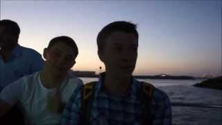 Русские туристы в шоке от увиденного на яхт-шоу в Дубае!(Совершенно случайно нашли видео, которое записывали месяц назад. Наши друзья еще никогда не видели такого...., 2013-04-14T20:27:37.000Z)