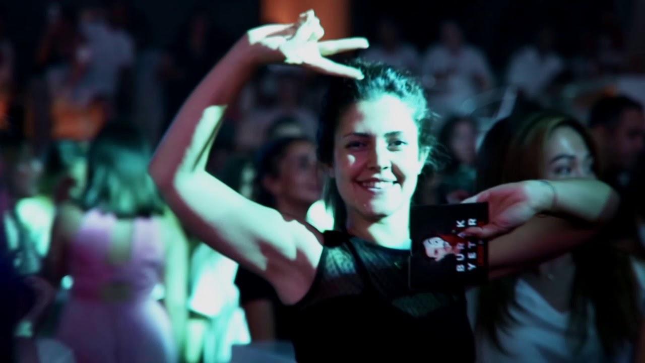 Burak Yeter, performansıyla Rixos Premium Bodrum misafirlerini büyüledi!