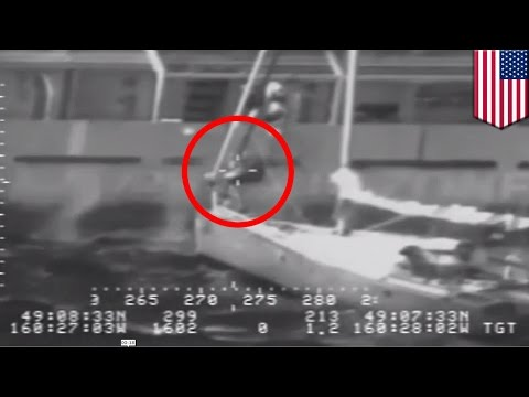 Sinking boat in killer storm: Man and cat jump from doomed yacht 400 miles from Alaska - TomoNews