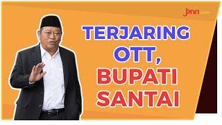 Bupati Sidoarjo Santai Saat Tiba di Gedung KPK - JPNN.com
