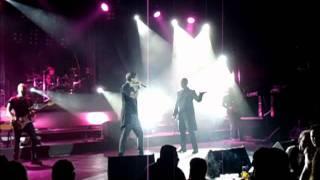 Download Stelios Rokkos / Dimos Anastasiadis (ΜΕ ΣΕΝΑ ΠΛΑΙ ΜΟΥ) live @ asteria MP3 song and Music Video