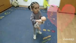 Кукла плачет
