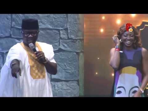 Video (stand-up): Seyi Law Kisses Kate Henshaw On Stage During AY Live 2016 Performance
