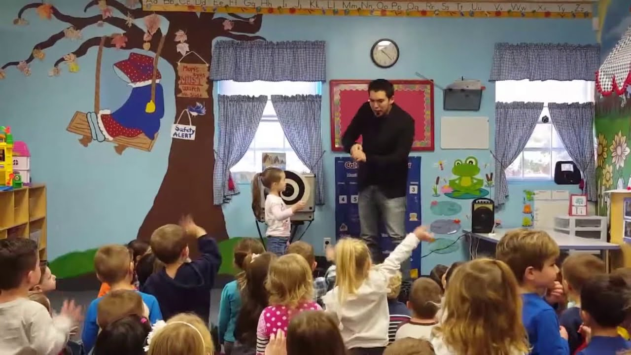 Long Island Magician Amazes Kids At Preschool In Patchogue Ny Youtube