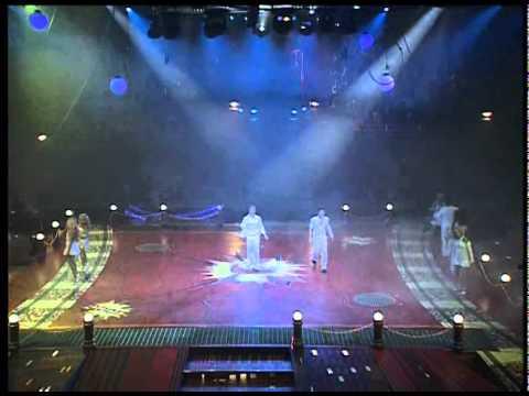 מחרוזת שירים ישראליים - מתוך פסטיגל 2005, פסטיגל גיבורי על