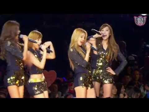 SNSD - HaHaHa Song (하하하송) [SMTown] Live in Madison Square Garden