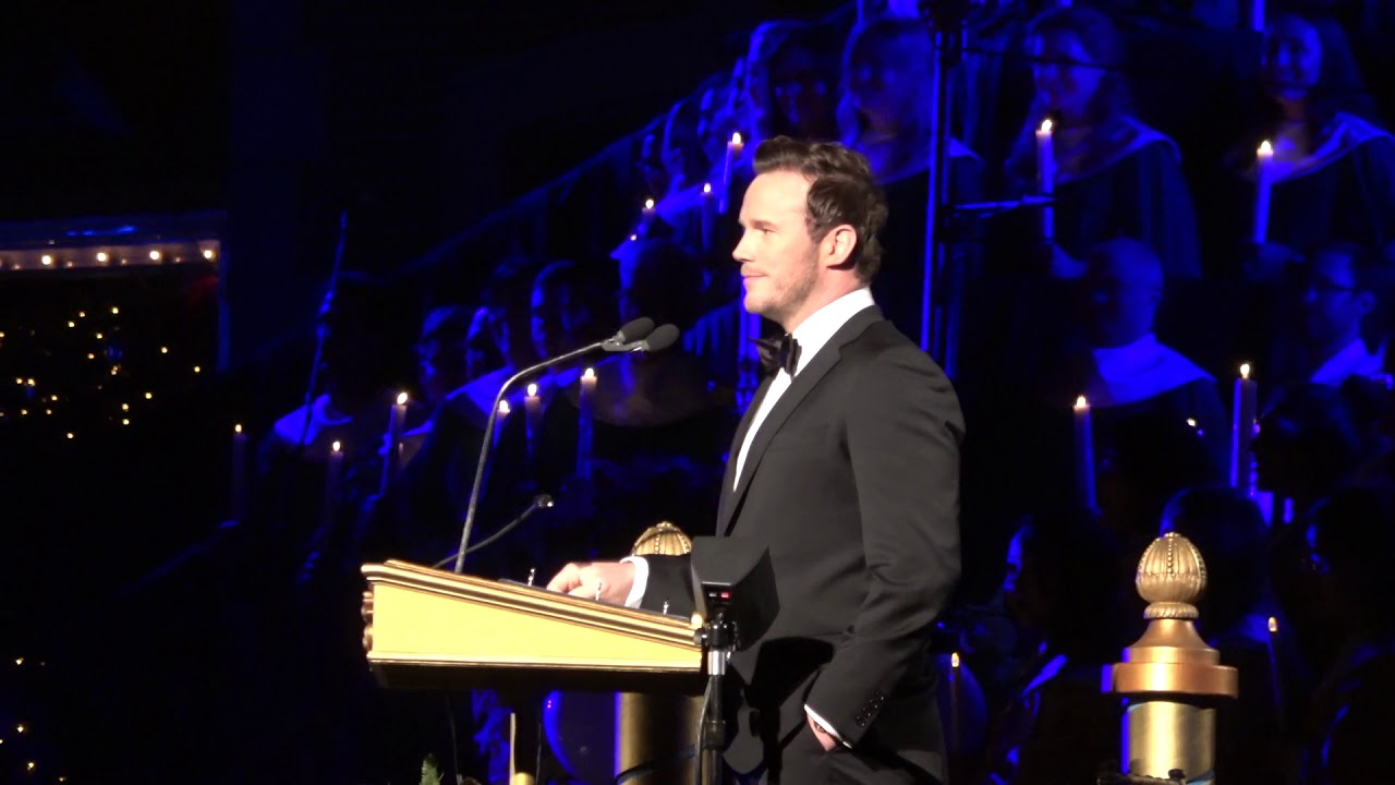 Christmas Story From The Bible.Chris Pratt Reads Nativity Story From Bible At Disneyland S