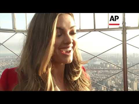 New Miss Universe visits Empire State Building