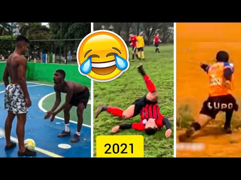 FOOTBALL Rewind 2021- Top Funniest Football Clip Of The Year (TRY NOT TO LAUGH)