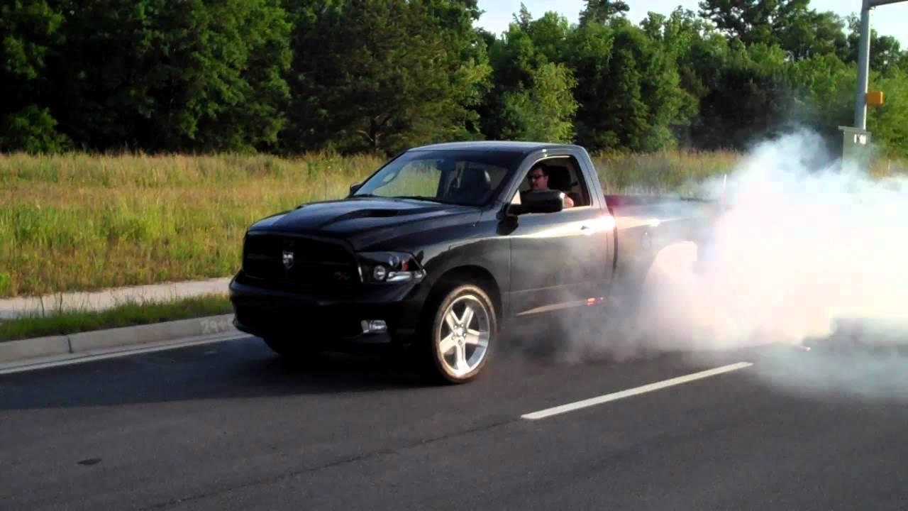 2011 Dodge Ram R T Burnout Youtube