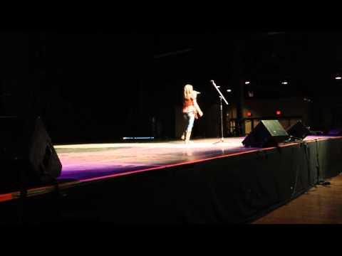 Jade's singing performance